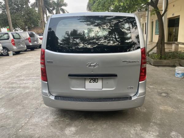 Hyundai Grand Starex Bán xe Hyundai starex 3 chỗ,số tự động