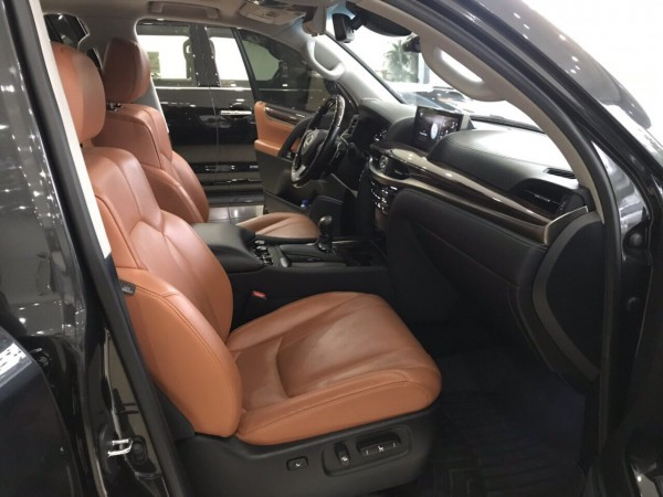 Lexus LX 570 Lexus LX570 sản xuất và đăng ký 2016