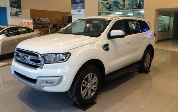 Ford Everest Ford Everest Titanium 2.2L 4x2AT(Diesel)