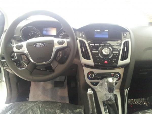 Ford Focus Focus 2.0L 5 cửa