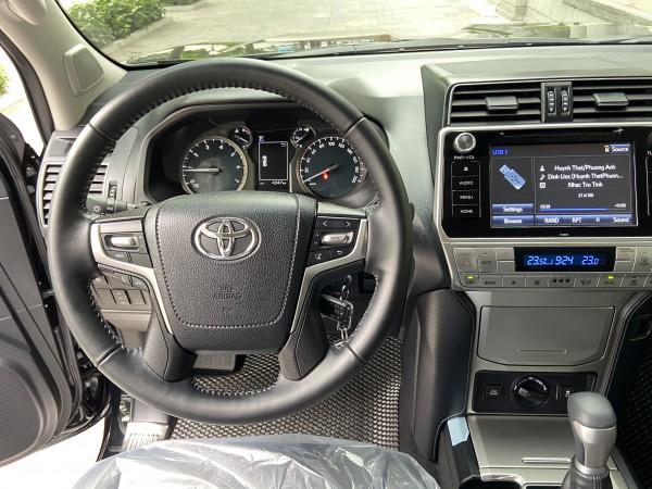Toyota Prado Bán LandCuiser Prado VX Model 2021 Mới N