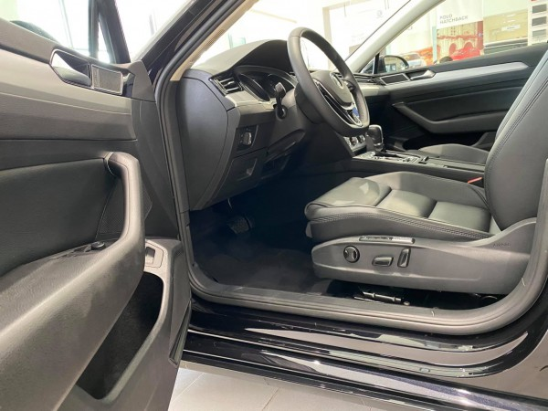 Volkswagen Passat Passat Comfort xe dành cho phái mạnh