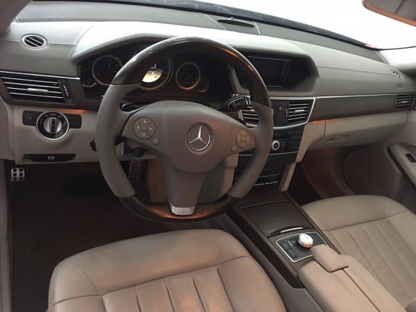 Mercedes-Benz E 300 AMG - XE HIẾM