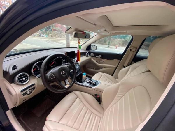 Mercedes-Benz GLC300 2016 MODEL 2017