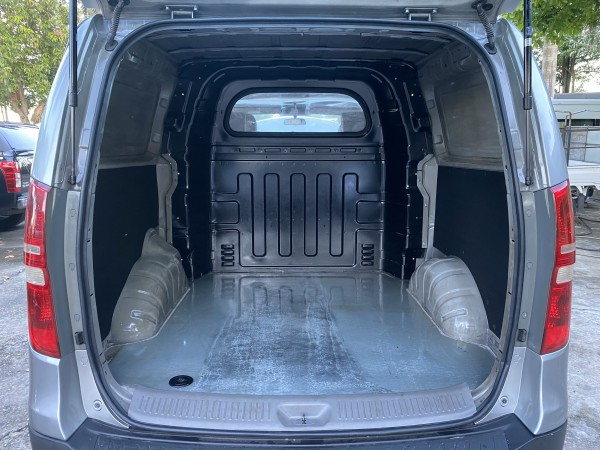 Hyundai Grand Starex Bán Hyundai Starex tải Van 5 chỗ,sx 2010