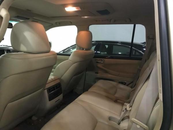 Lexus LX 570 Bán Lexus LX570 sản xuất và đăng ký 2009