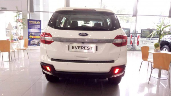 Ford Everest Ambient 2019 Giảm Tiền Mặt Đúng 100