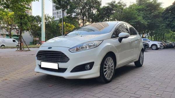 Ford Fiesta 2017, tự động, bản 1.5, màu trắng