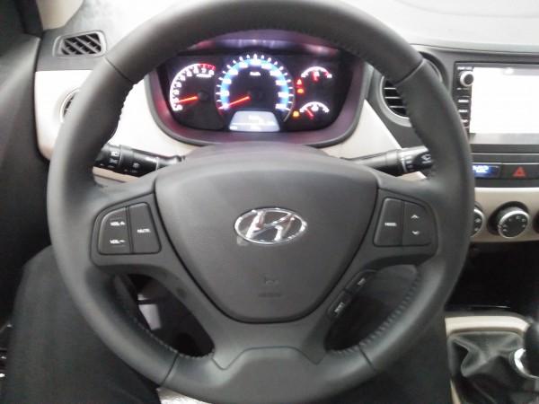 Hyundai i10 Sedan AT, đủ các màu, trả góp tối ưu