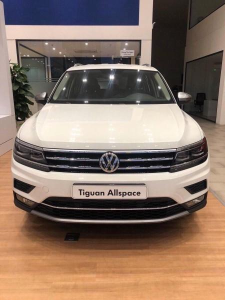 Volkswagen Tiguan TẶNG 50% PHÍ TRƯỚC BẠ + TRẢ GÓP 0% 1 NĂM
