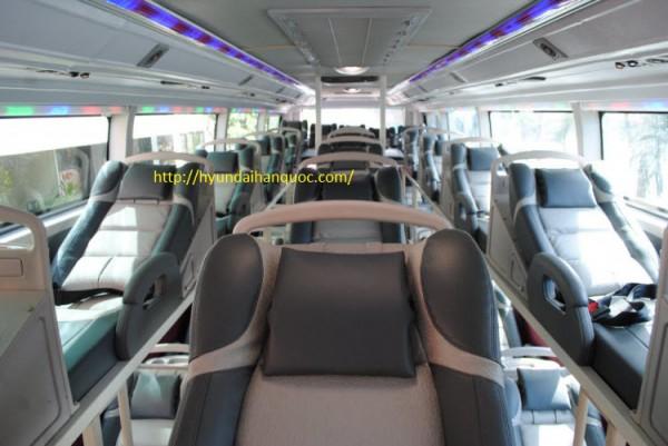 Hyundai Universe Noble xe giường nằm cao cấp hyundai