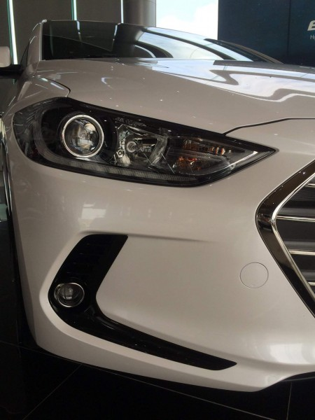 Hyundai Elantra Hyundai Elantra2017 xe mới 100% KM 100tr