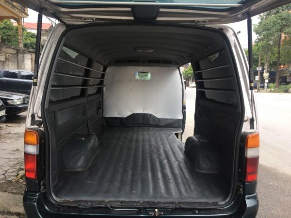 Toyota Hiace Bán xe cá mập 3 chỗ tải Van,đời 2004