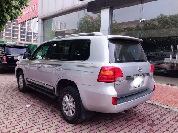 Toyota Land Cruiser Bán Toyota Land Cuise 4.6 ,màu bạc,2015