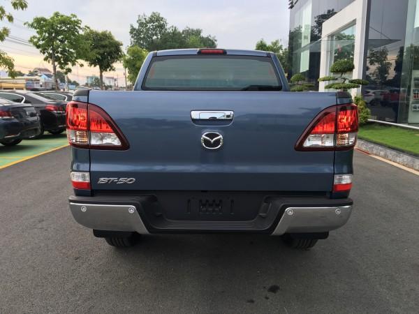 Mazda BT-50 giao xe ngay với giá ưu đãi, tặng PK