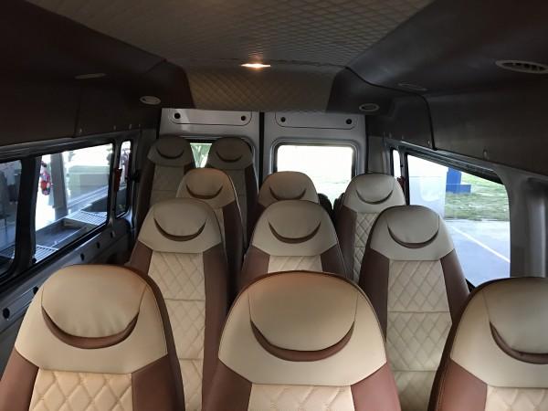 Ford Transit Medium 2019 Giá sốc cùng phụ kiện