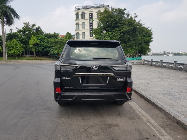 Lexus LX 570 lexus lx570 Black Edition S 2020