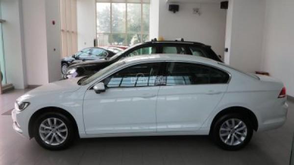 Volkswagen Passat VOLKSWAGEN PASSAT! RINH NGAY KẺO LỞ
