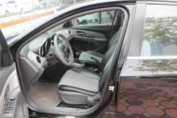 Chevrolet Cruze LS 2011 màu đen