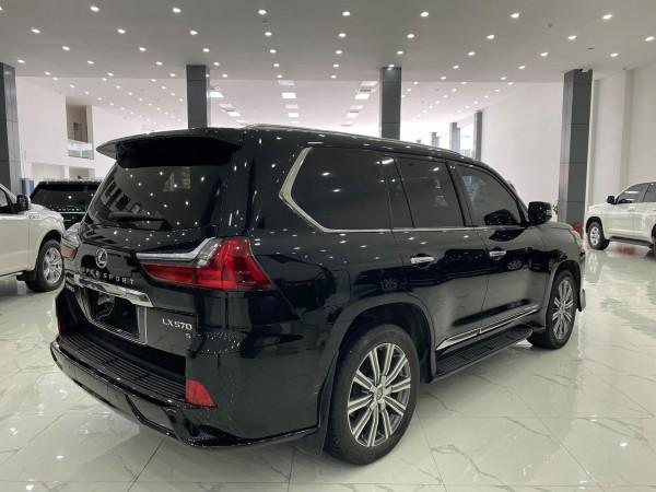 Lexus LX 570 Bán Lexus LX570 màu đen,sản xuất 2016.