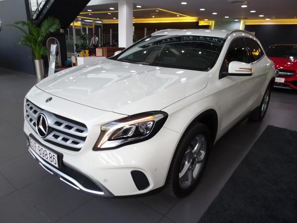 Mercedes-Benz GLA200 2018-GIÁ ĐẶC BIỆT, MÀU MỚI