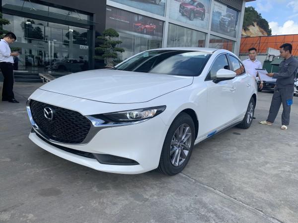 Mazda 3 Deluxe