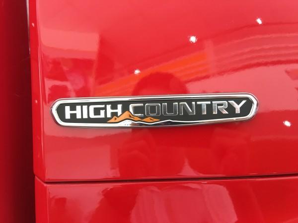 Chevrolet Colorado High Country - Gọi Ngay Để Nhận KM Khủng