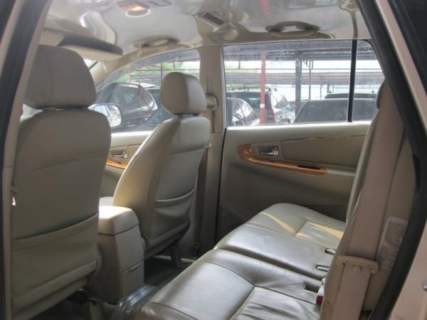 Toyota Innova Toyota innova GSR sản xuất 2010 nâu vàng
