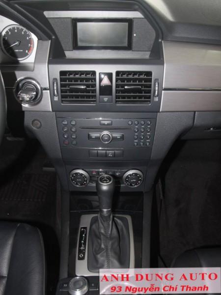 Mercedes-Benz GLK 300 ,màu đen,sx 2010,đk 2011,giá 1300 triệu.