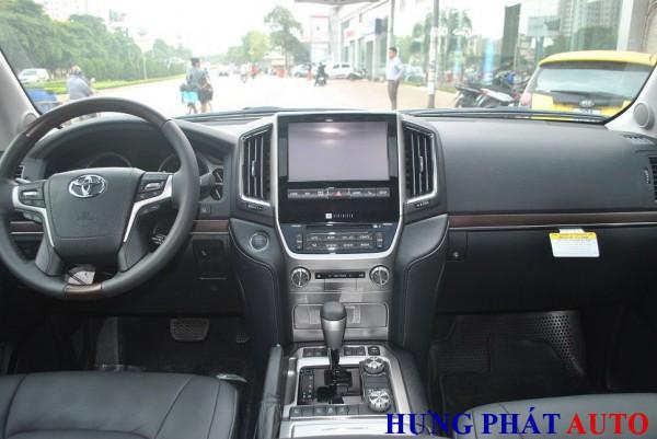 Toyota Land Cruiser Toyota Land Cruiser V8 5.7 2016 nhập Mỹ.