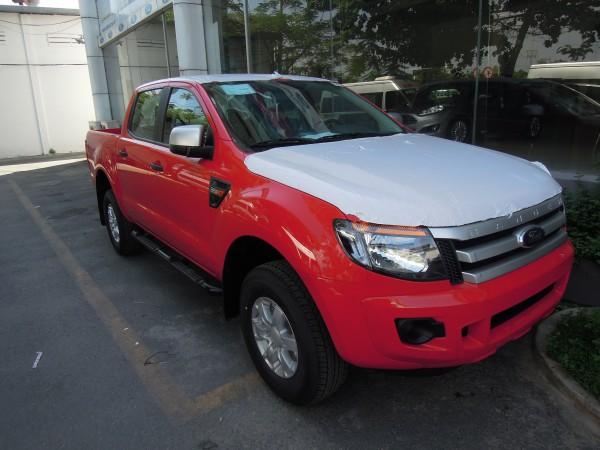 Ford Ranger 4x2 XLS AT