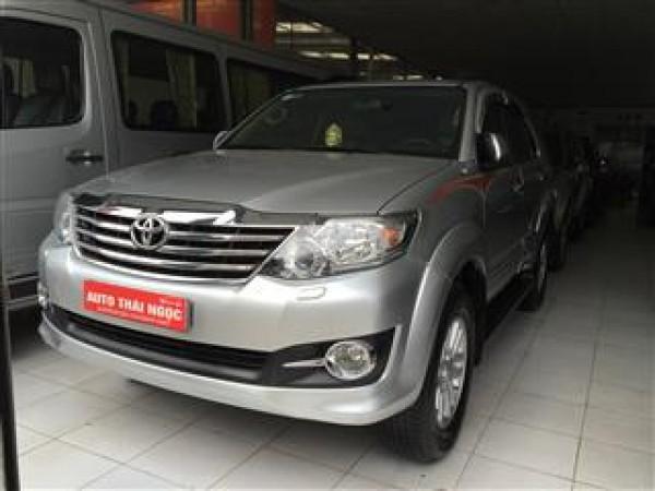 Toyota Fortuner Fortuner 4x4AT 2.7v.,mầu bạc,2 cầu,2013