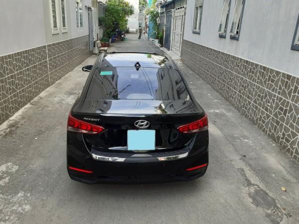 Hyundai Accent 2019 đk 2020 số tự động, màu đen huyền c