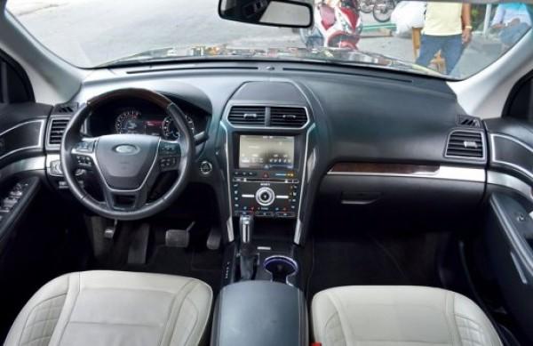 Ford Explorer Ford Explorer 2.3L trả trước 700tr