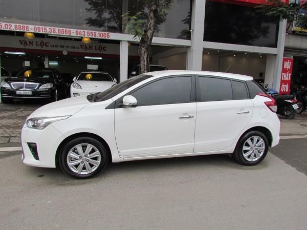 Toyota Yaris 2016 màu trắng