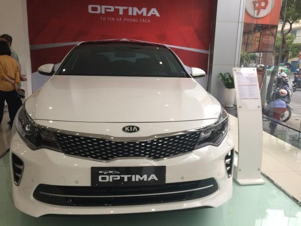 Kia Optima Kia Optima 2.4 GT Line với chỉ 330 triệu