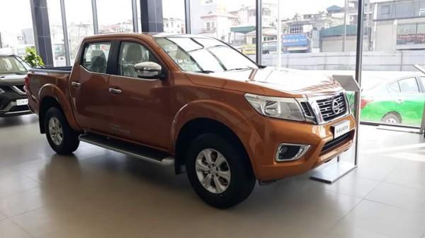 Nissan Navara bán xe Nissan Navara 2018 đủ màu giá tốt