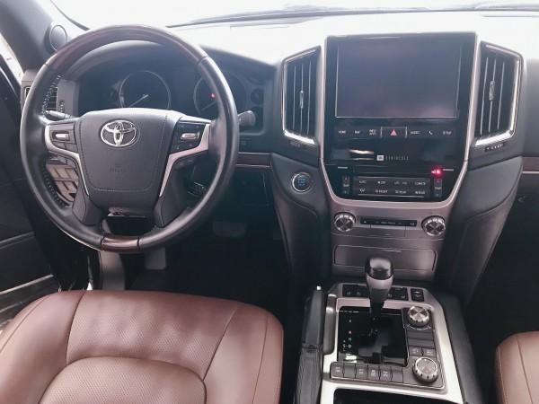 Toyota Land Cruiser Toyota Land Cruise 5.7 nhập Mỹ ,2016.