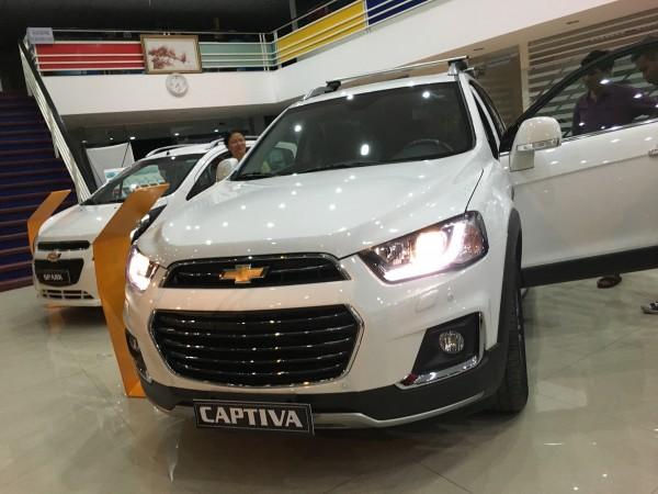 Chevrolet Captiva Revv - Hỗ Trợ 95% - Giao Xe Đủ Màu