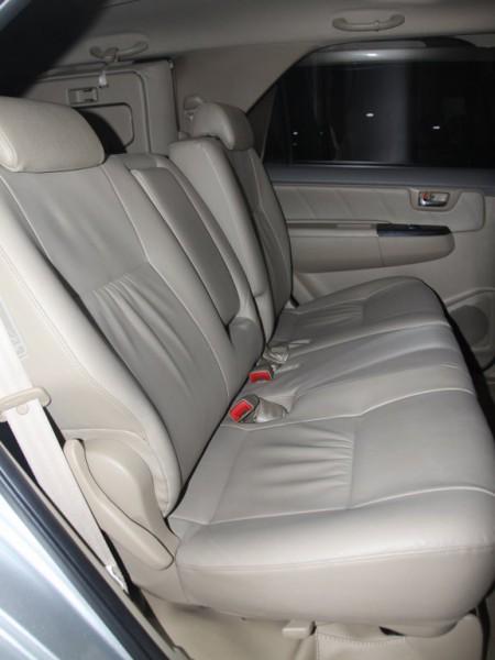 Toyota Fortuner ,động cơ I4,sản xuất 2012, màu bạc