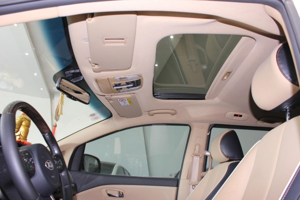 Kia Kia Sedona 2.2 AT bản full dầu DATH