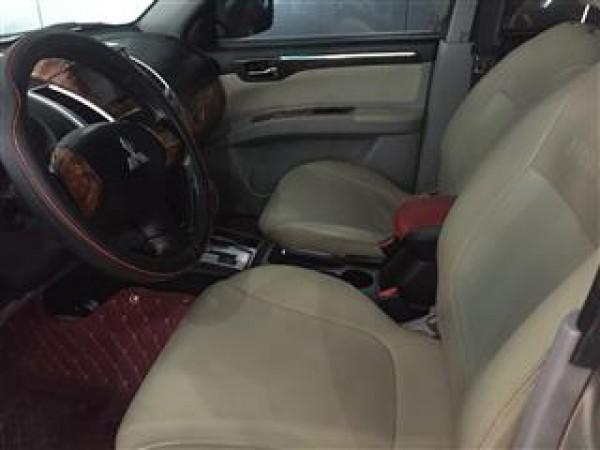 Mitsubishi Pajero Mitsubishi Pajero Sport 2.5AT,2012