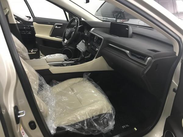 Lexus RX 350 Lexus RX350 nhập mỹ,màu vàng ,Model 2019