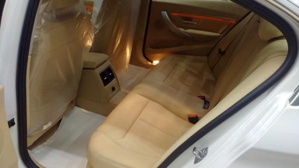 BMW 320 Cần bán - Màu Trắng-Giao xe tận nơi!