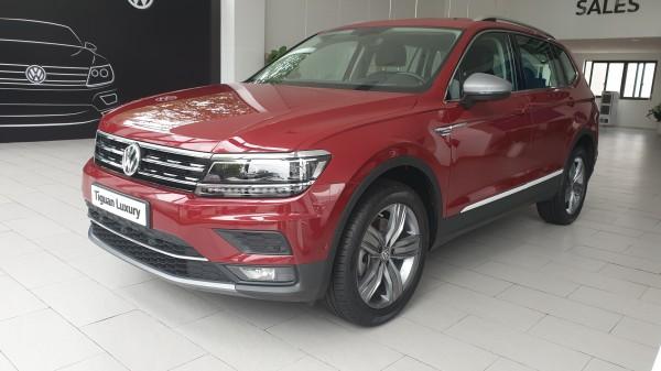 Volkswagen Tiguan Luxury tặng lệ phí trước bạ