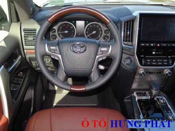 Toyota Land Cruiser Xe Toyota Land Cruiser VX 5.7 2016