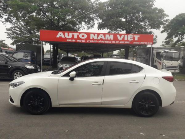 Mazda 3 Bán Mazda3 1.5AT màu trắng 2016