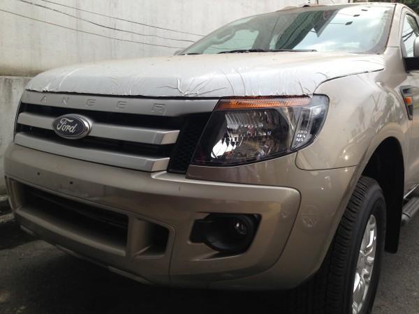 Ford Ranger Ranger XLS 4x2 AT giao ngay, giá tốt...