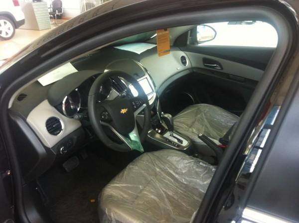 Chevrolet Cruze 1.8LTZ 2016, nhiều màu lựa chọn.
