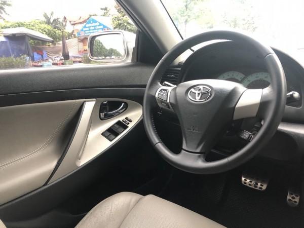 Toyota Camry SE 2008 màu bạc xe nhập Mỹ
